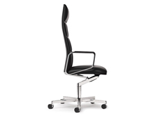 Walter Knoll – Leadchair, Executive Chair