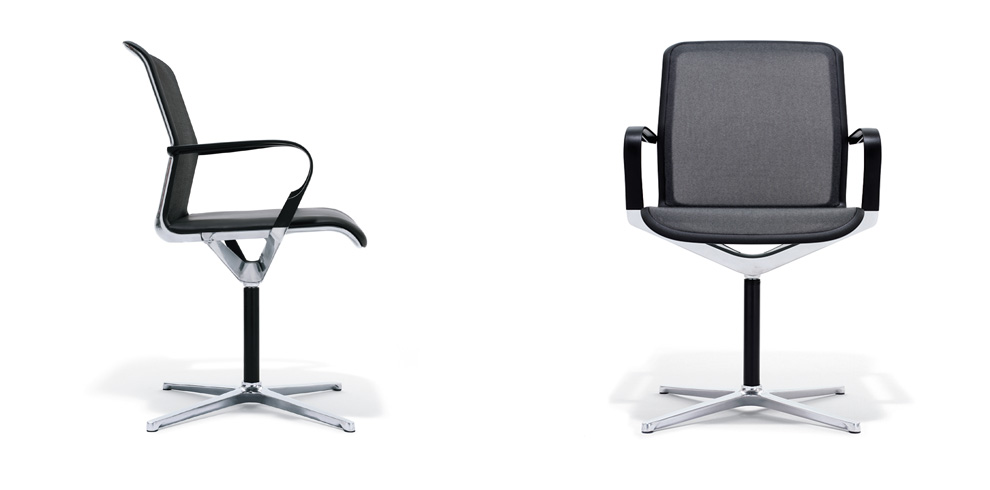 Filo Chair with four-star swivel base on glide