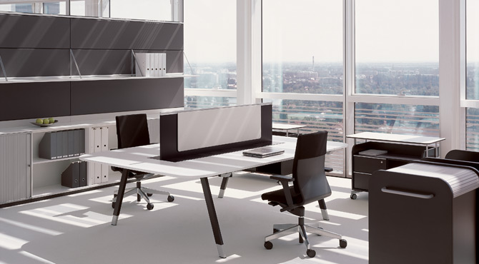 Pro and Contra. Clean Desk Policy? - in Bene